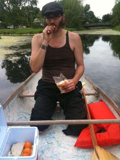 canoe_picnic.jpg